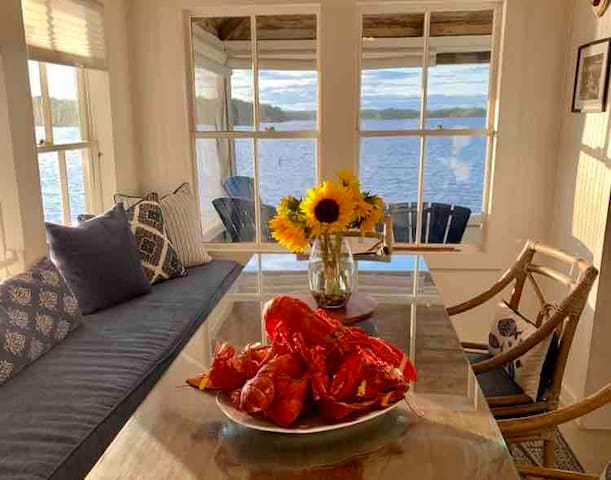 Orono, Maine Lakeside Cottage- Stunning & Private!