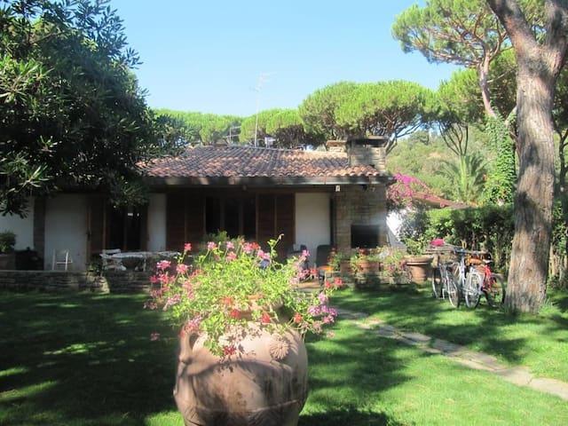 Villa con giardino,possibili (LAST MINUTE)