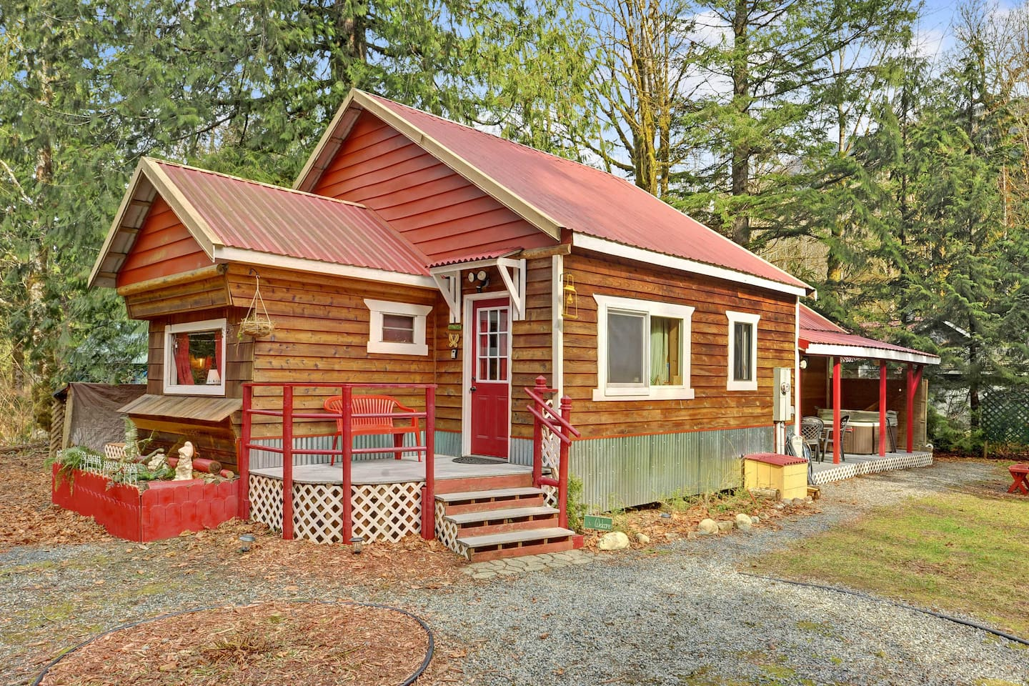 You'll feel completely at ease at this Baring vacation rental cabin.