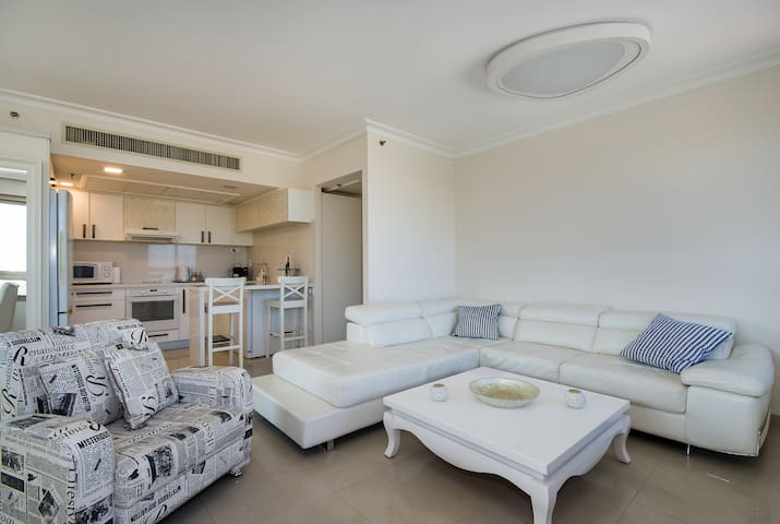 Nice Beach Front Apartment in Haifa