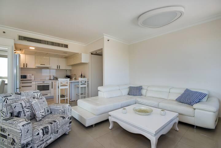 Nice Beach Front Apartment in Haifa