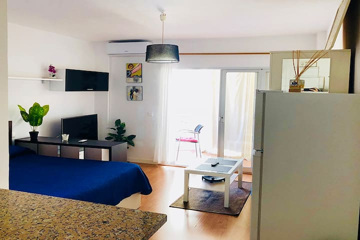 BEAUTIFUL APARTMENT FUENGIROLA BEACH CENTER