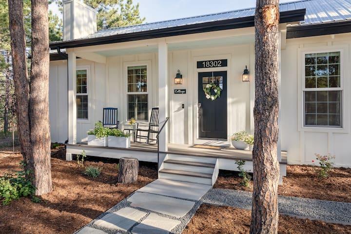 Summer Dates Open-Luxury Cottage in Woods Near AFA