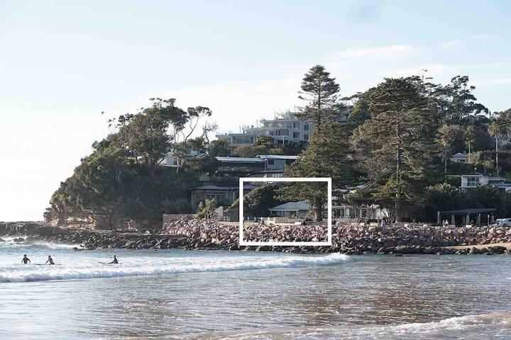 Breathtaking Waterfront Beach House