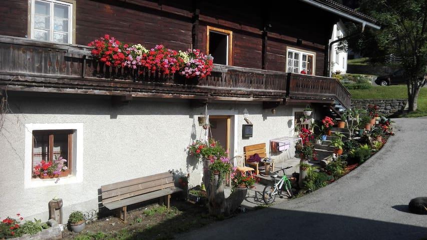 KABISERHOF - Ferienwohnung am Bergbauernhof