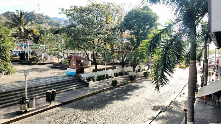 Unbeatable location: Parque Hidalgo Apartment