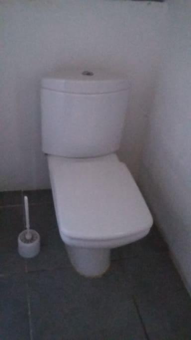 Wc privatif et séparé de la douche