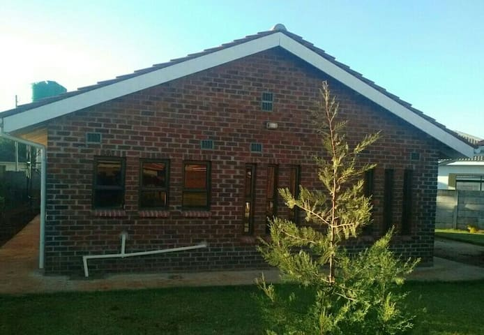 3 Bedrooms,  Self-contained Cottage - Harare - House