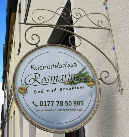 Rosmarin Bed and Breakfast - Bernburg (Saale) - Гестхаус