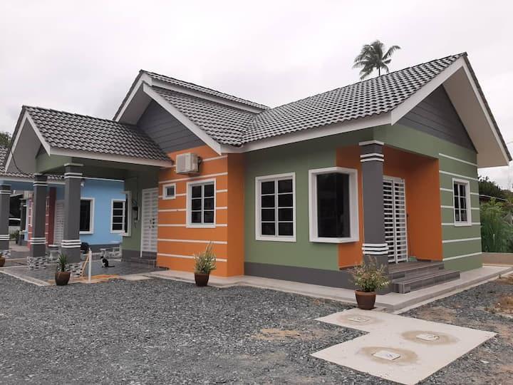 Su Lenna Homestay (Green)  Dungun Terengganu