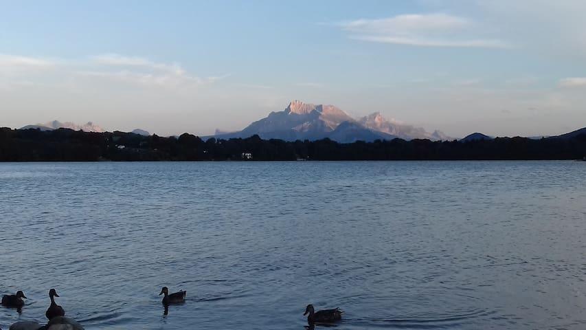 Maison entre montagne et lacs, proche de Grenoble.
