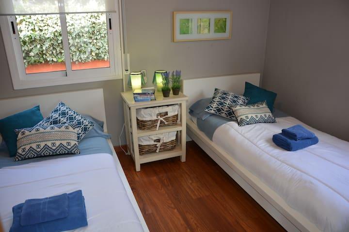Bedroom 4. 2 Single beds.  Floor 1