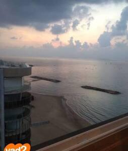 Apt with Mediterranean sea view - Herzliya - Wohnung