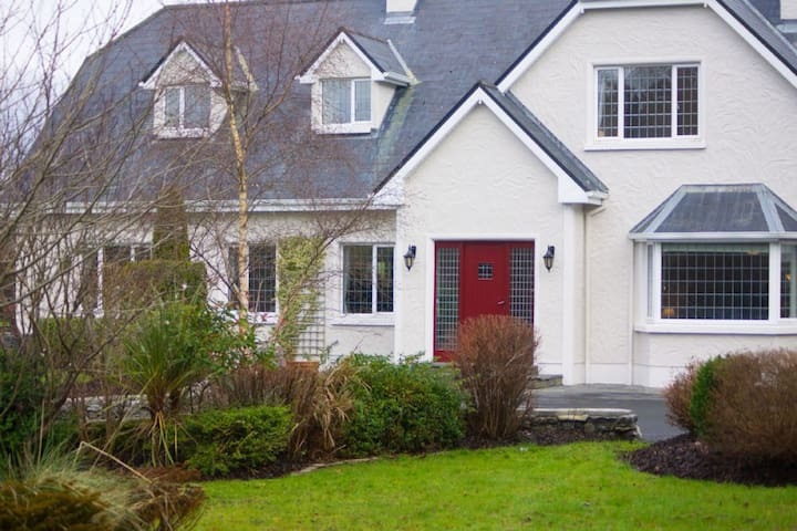 Property 301 - Oughterard - Oughterard - House