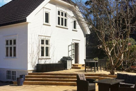 7 person holiday home in høvåg