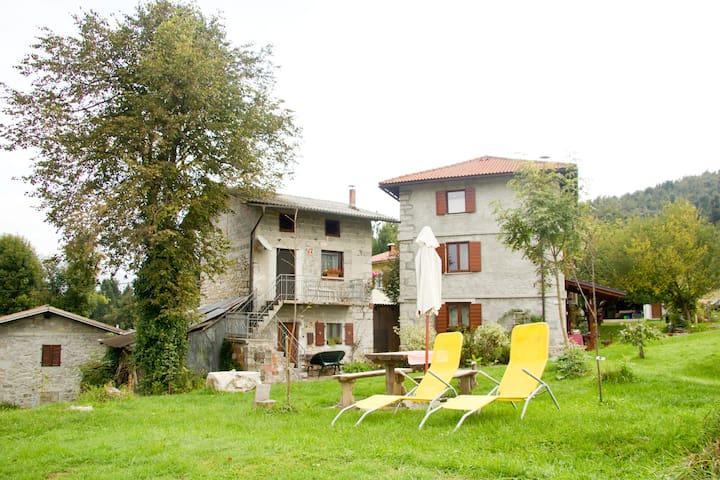 Benecanka house Kobarid - Robidisce