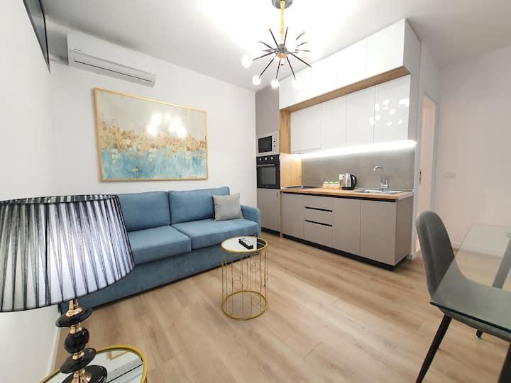 Luxury Apartment at Wilson Square G