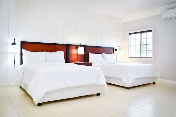The Victoria BnB Room 204