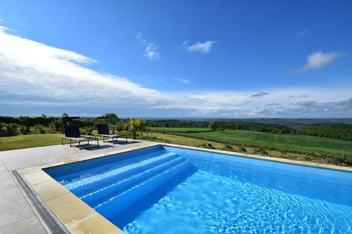 Modern villa with all the modern comforts with private pool and stunning views