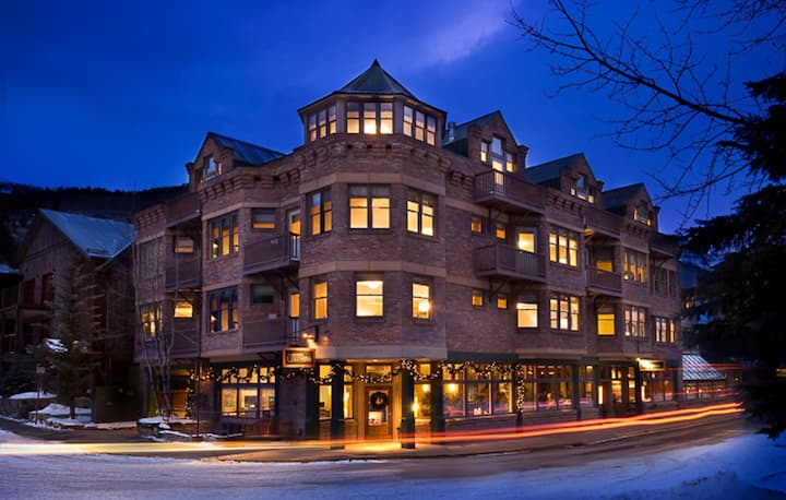 Hotel Columbia by Alpine Lodging Telluride - 1 Bedroom 1 Bath Sleeps 2