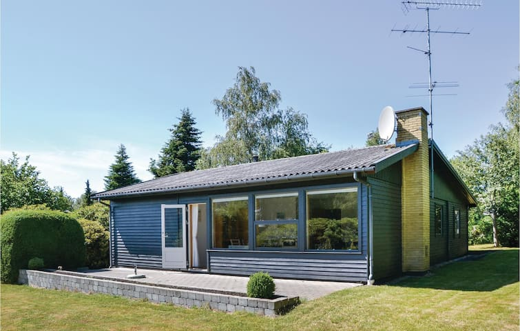 Holiday cottage with 3 bedrooms on 86m² in Gilleleje