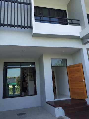 New house - Chiang Mai - Byhus