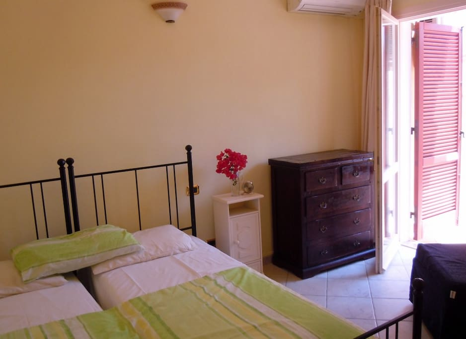 Rear bedroom can accommodate 3 single beds