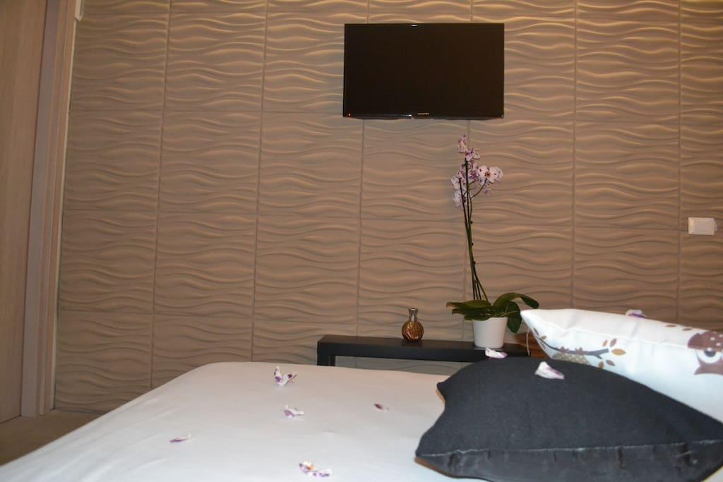 suite matrimoniale con bagno in camera aria condizionata e tv color
