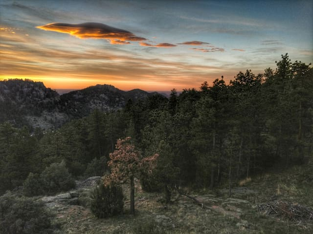 Estes/Lyons Mountain Sunrise Beauty- Camp Solstice