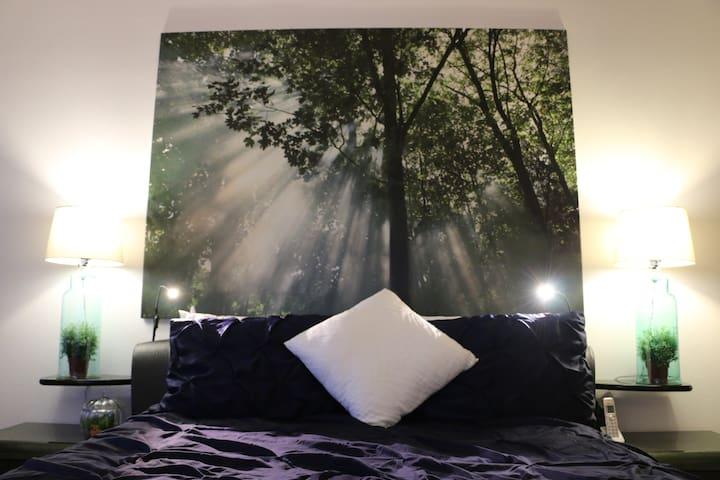 Quiet Luxurious Master Suite in Ctr of Irvine - Irvine