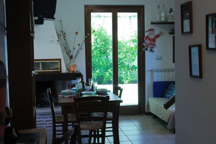 Casa con giardino al centro di Ovindoli