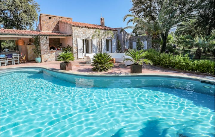 Amazing home in Montegrosso with Outdoor swimming pool, WiFi and 3 Bedrooms