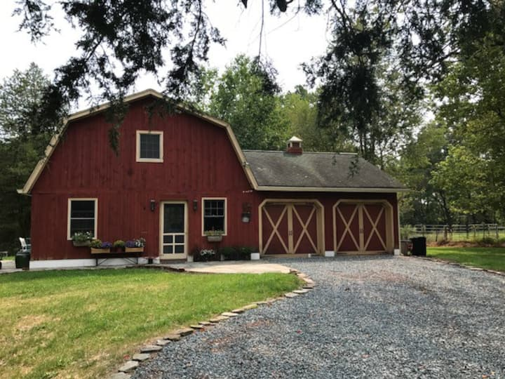 Country Barn in Historic Northern NJ