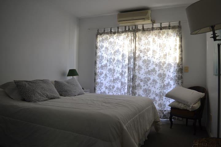 Casa en el bajo de San Isidro - San Isidro - House