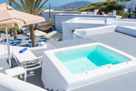 Tholos Traditional Villa, Jacuzzi, Sea View