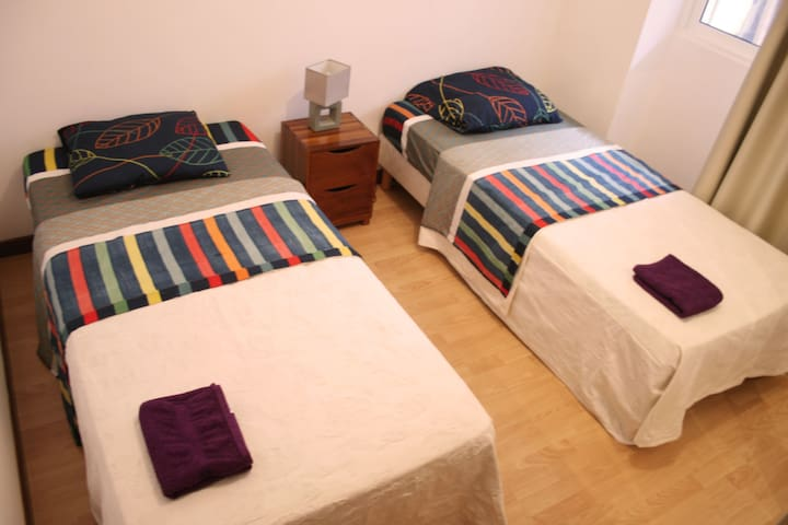 Cozy & Centric Double Room! - Mindelo - Huis