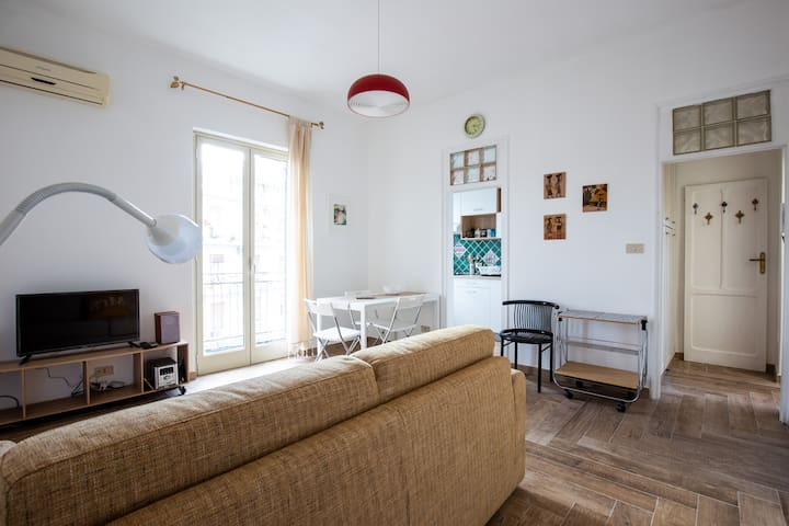 """Apartment """"La Rosa Pantesca"""""""