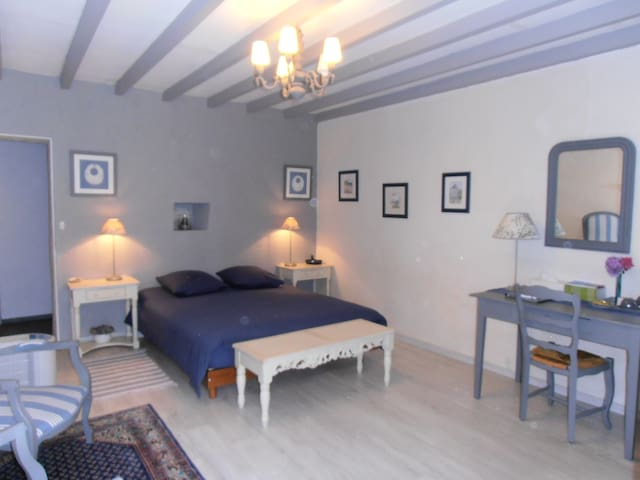 Chambre aux couleurs du ciel breton - Créhen