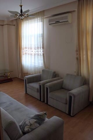 2 room comfy apt| Great location | - Bakı