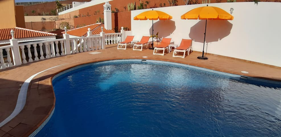 Contemporary 4 bed villa with private heated pool.