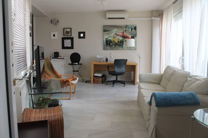 Penthouse apartment close to the ring road - Kalamaria - Apartemen