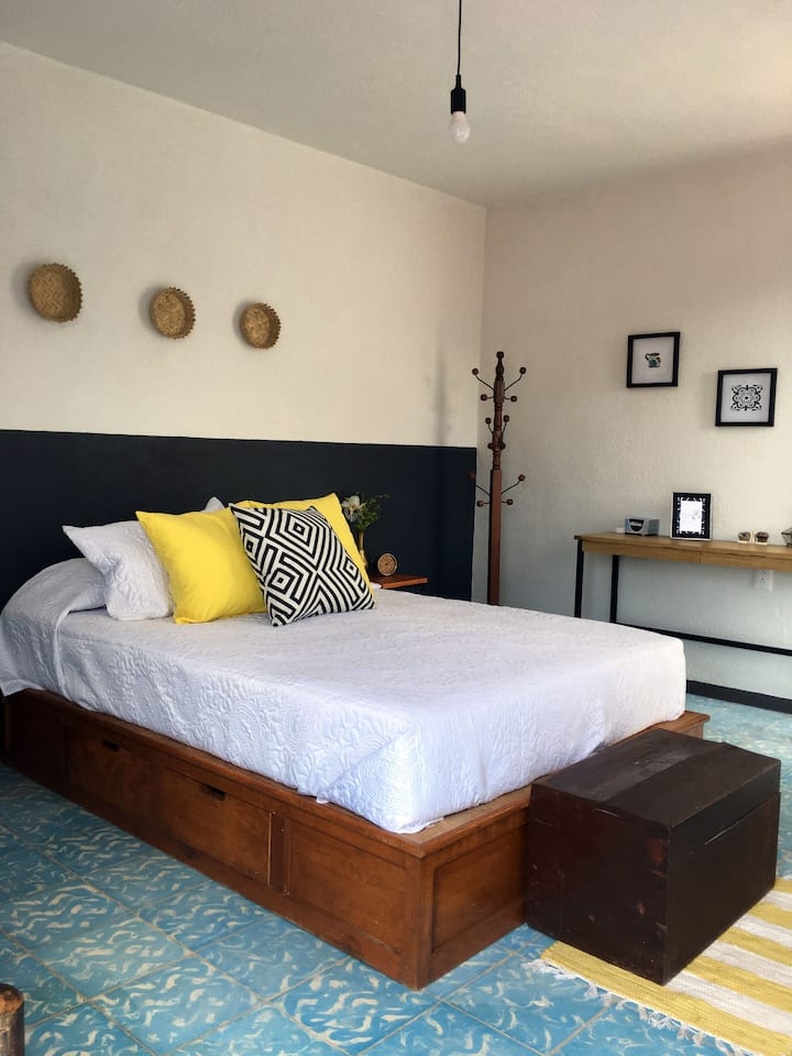 Pintoresca Suite con Terraza, en Casa Carranza!