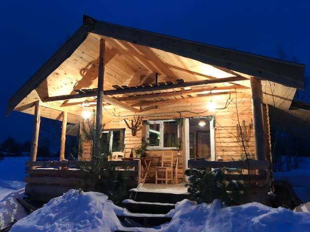 Уютный домик - шале у леса в поместье Кедросад