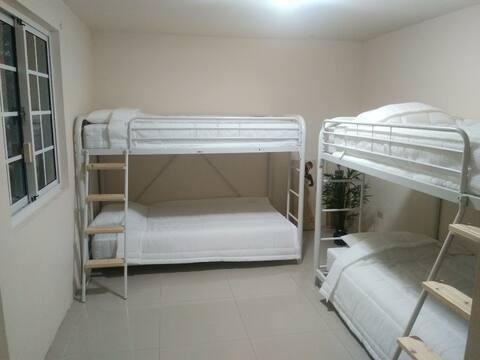 편한 잠자리 4인 침대 도미토리