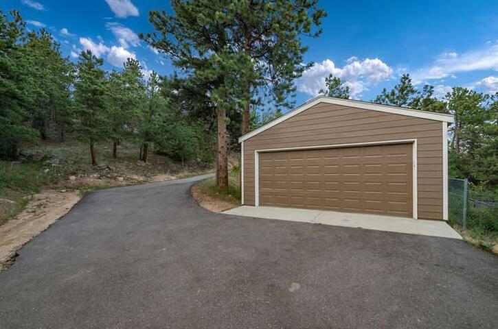 5 Star Western Cabin Golden, Boulder, Nederland
