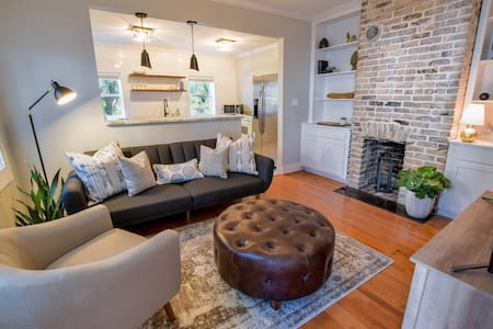 Modern & Cozy Home in Downtown Charleston