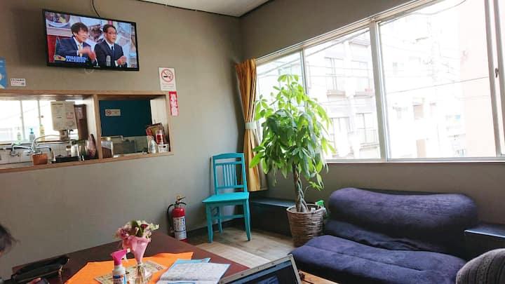 ✿GUEST HOUSE SaKURa✿ 全12ベッド用意《6/12》1階♬【CAFÉ & BAR】