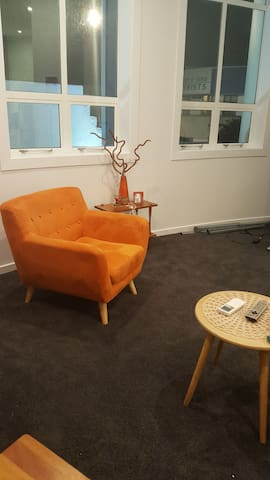 Clean room in lovely apartment in cbd Lower Hutt