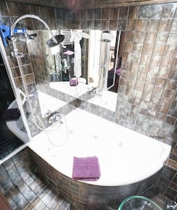 Modern apartment Jacuzzi 9th floor - Cracovia
