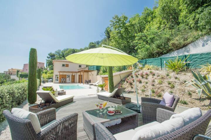 Villa Mimosa - villa with private pool, BBQ, views